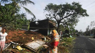 Photo of 8 dead as Cyclone Bulbul smashes into India, Bangladesh coasts