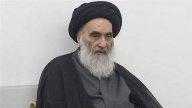 Photo of Ayatollah Sistani condemns US strikes on PMU bases, urges respect for Iraq sovereignty