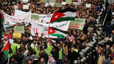 Photo of Hundreds of Jordanians protest against gas deal with 'israel', demand govt. resignation