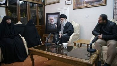 Photo of Leader of Islamic Ummah and Oppressed People Imam Sayyed Ali Khamenei: Hajj Qassem Had No Fear in Path of God