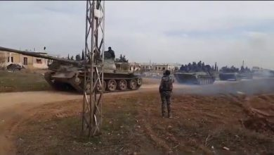 Photo of Syrian Army tanks arrive in Idlib to help drive back terrorists