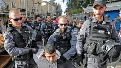 Photo of 'Israeli' interrogators 'brutally tortured' Palestinian detainees: AP