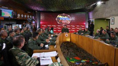 Photo of Maduro says US plotting to invade Venezuela, country 'not afraid of combat'