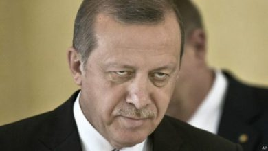 Photo of Erdogan threatens to hit Syrian forces 'everywhere' if troops hurt