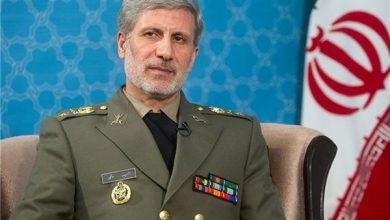 Photo of Iran to Equip Navy with Flying Boats, New Destroyer