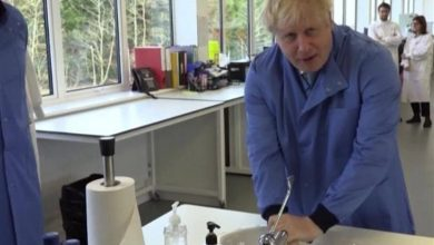 Photo of UK's Johnson in Hospital for Tests, Government Says He's Still in Charge