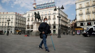 Photo of Spain: Political Tensions Mount as Deaths Pass 15,000