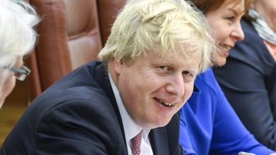 Photo of Boris Johnson in intensive care unit as coronavirus symptoms worsen
