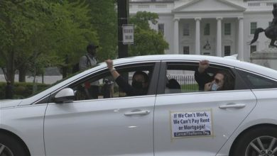Photo of Car protesters in US demand economic relief for needy amid pandemic