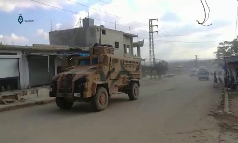 Photo of Syrian and Turkish armies amass troops near strategic city in Idlib