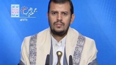 Photo of Houthi Leader Slams Saudi, UAE for Promoting Ties with zionist occupation regime