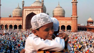 Photo of Muslims mark Eid al-Fitr under lockdown