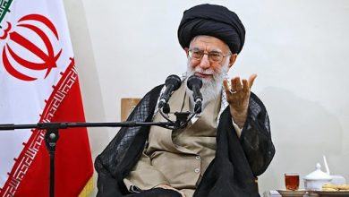 Photo of Imam Sayyed Ali Khamenei: Americans support terrorists, will be expelled from Syria and Iraq
