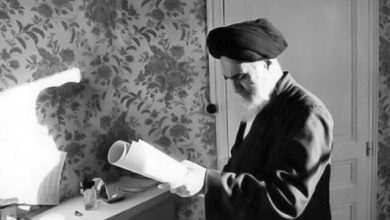 Photo of What had Imam Khomeini (ra) written in the note that was hidden in a house in Yazd?