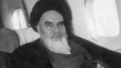 Photo of Imam Khomeini (ra) ended thousands of years of monarchy and dictatorship in Iran