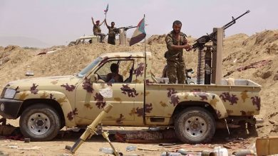 Photo of UAE-sponsored terrorists seize billions of Yemeni riyals destined for central bank