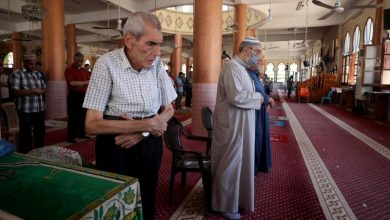Photo of Joy in Gaza as mosques reopen after pandemic closure
