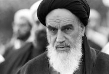 Photo of Imam Khomeini shattered superpowers' aura of invincibility: Imam Sayyed Ali Khamenei