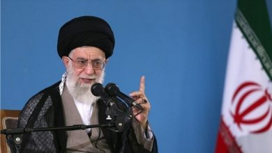 Photo of Imam Sayyed Ali Khamenei: American Nation, Not Others Main Enemy of US