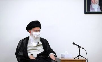 Photo of VIDEO: Leader Imam Khamenei's complaint about officials not wearing mask
