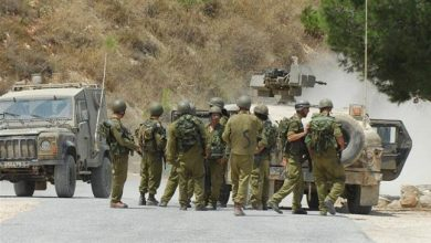 Photo of Zionists panicked after false rocket alarm sounds in northern city along Lebanon border