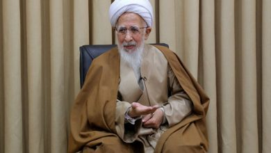 Photo of Prominent Cleric Ayatollah Amoli calls for preventing insult to any religion