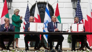 Photo of TRUMP CIRCUS: Traitor UAE, Bahrain regimes sign 'normalization deals' with enemy of Islam zionist regime at White House
