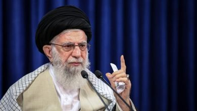 Photo of Supreme Leader: Muslims Never to Accept Disgrace of Compromise with Zionist Regime