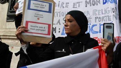 Photo of Muslims in France slam enemy of Islam Macron for Islamophobic remarks