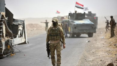 Photo of Iraqi forces unearth mass grave with the remains of 50 people murdered by ISIS