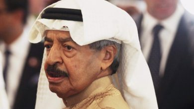 Photo of Bahrain's 50 years prime minister dies at age of 84