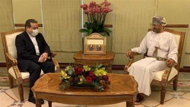 Photo of Iran's Araqchi discusses regional developments with Omani FM