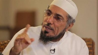 Photo of Prominent Saudi dissident cleric goes nearly blind, deaf in detention: Son