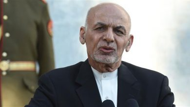 Photo of Afghanistan's Ghani conditions Taliban prisoner release on violence end