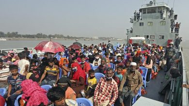 Photo of Bangladesh continues relocation of Rohingya refugees to island