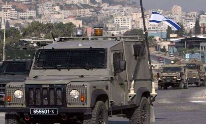 Photo of Zionist regime's military jeep runs over, injures Palestinian child in occupied West Bank