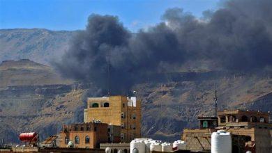Photo of Zionist Saudi regime's warplanes bomb Yemeni capital after blast at Aden airport