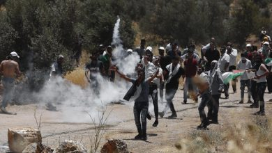 Photo of Heart attack from zionist occupation regime's toxic tear gas kills 48-year-old Palestinian