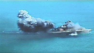 Photo of IRGC's missiles destroy mock enemy warships 1,800 kilometers away during drills